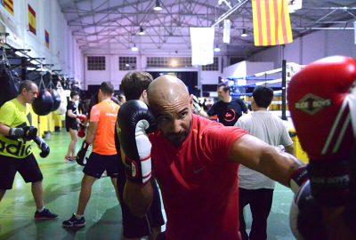 Foto clase boxeo masculino